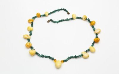 "Gulaia S.A. Necklace ""Malachite elegy with amber"""