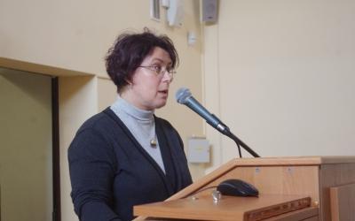 Speech of KatarzynaKwiatkowska, head ofAmber Department oftheMuseum oftheEarthPAS