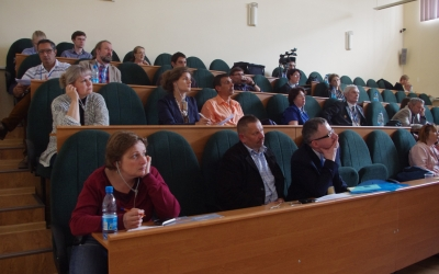 Reporters and listeners of the conference