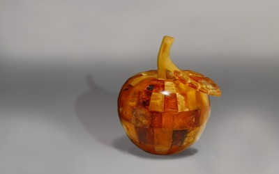 "Composition ""Apple"". 2018 Author Konstantin Bushmeliov, Kaliningrad"