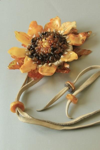 "Bracelet-ring ""Sunflower"". 2006 Author Elena Gradinarova, Kaliningrad"