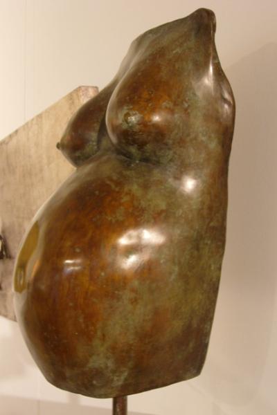 «Бюст беременной женщины» - 2008 (630x335x230)